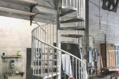 aluminum-back-entrance-curved-staircase-railing-akouri-metal-miami-florida