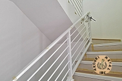 aluminum-horizontal-bars-staircase-railing-highrise-condo-building-akouri-metal-miami-florida02