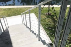 aluminum-horizontal-cable-staircase-railing-outdoor-akouri-metal-miami-florida